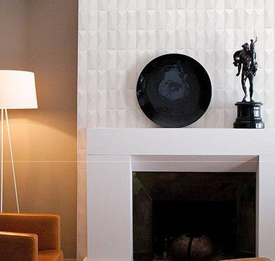 O Arpege Portobello propõe criar diferentes ritmos nas superfícies das paredes a partir da variação de seus relevos. O porcelanato em formato 10x20 com acabamento branco ou cimentício pode ser aplicado na vertical ou horizontal e surpreendem na decoração de interiores.